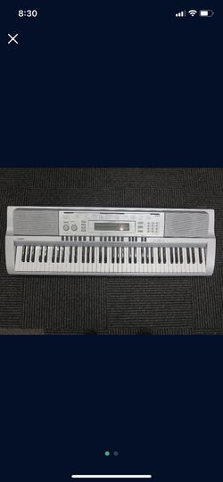 Casio Full Keyboard for Sale in Chandler,  AZ