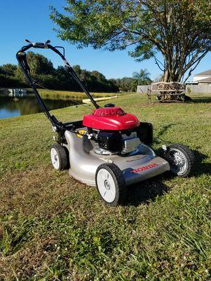 "Honda HRR2168VYA (21"" cut ) 160cc 3-In-1 Self-Propelled Lawn Mower w/ Blade Brake Clutch for Sale in Gibsonton, FL"