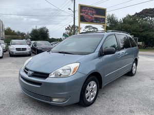 Toyota-sienna-2004 for Sale in Kissimmee, FL