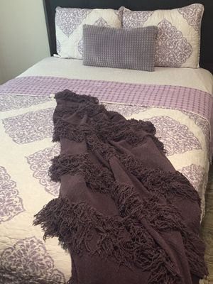 Quilted Comforter (Reversible!) Set for Sale in District Heights, MD