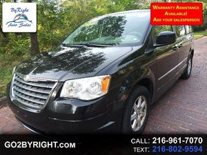 2009 Chrysler Town & Country for Sale in Cleveland, OH