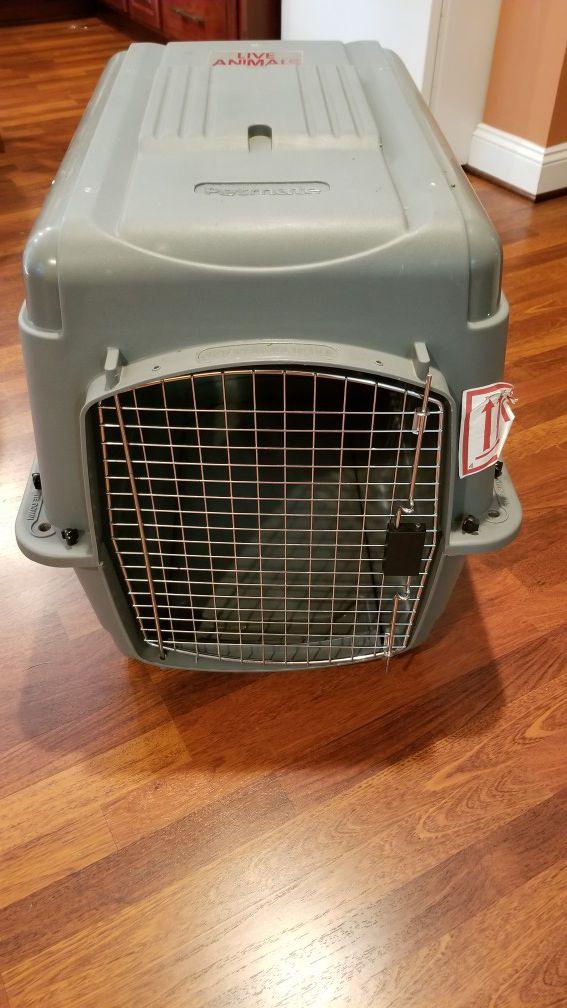 Medium Pet Travel Kennel