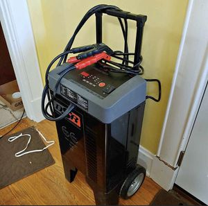 Battery charger Schumacher dsr123 for Sale in Mount Healthy, OH