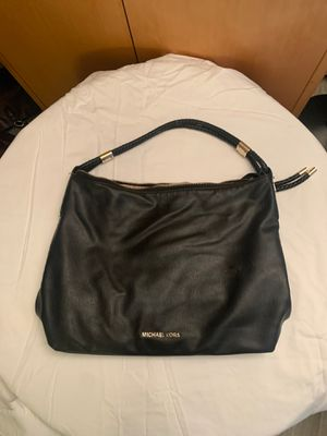 MICHAEL KORS BLACK LEATHER LARGE SHOULDER BAG!!!! PRICED TO SELL!!!!! for Sale in Bellevue, WA
