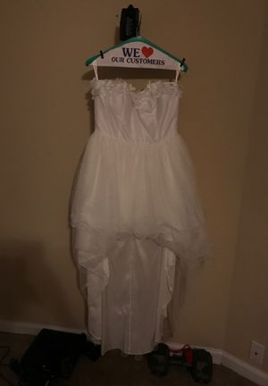 JJ's house wedding dress for Sale in Houston, TX