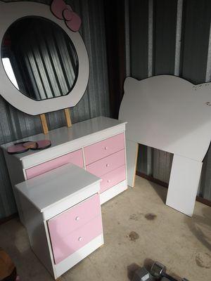 Hello kitty bedroom set for Sale in Bakersfield, CA