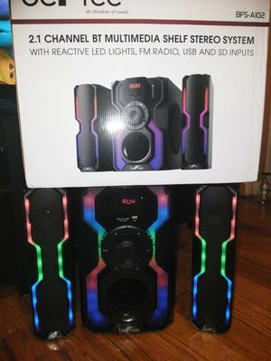 Befree shelf stereo system for Sale in Brooklyn, NY