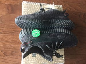 Adidas yeezy boost 350 v2 static black non reflective size 10.5 for Sale in Atlanta, GA