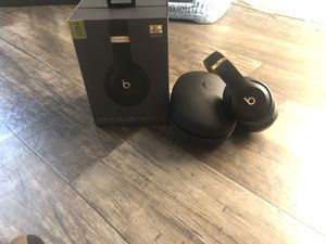 BEATS STUDIO 3 wireless, Skyline collection for Sale in St. Petersburg, FL