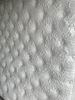 CMC King Size 12inch Pillow Top Mattress for Sale in Tacoma,  WA