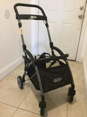 Great condition Graco Click and connect for Sale in Margate, FL