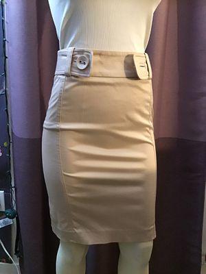 Cream color pencil skirt Bebe for Sale in Irvine, CA