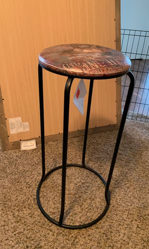 Side bar stool for Sale in Cary, NC