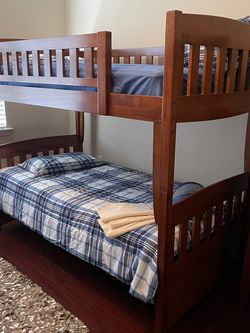 2 Doble Twin Bunk Beth and Chest for Sale in Orlando,  FL