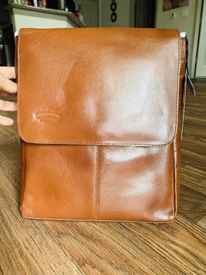 Crossbody Leather messenger Bag Size 14.48x12.84x2.36. Made with sheep leather for Sale in Plano, TX