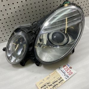 2006 2007 2008 2009 MERCEDES BENZ E CLASS LEFT SIDE HALOGEN HEADLIGHT OEM for Sale in Lynwood, CA