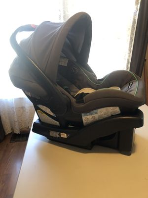 Car seat for Sale in Winston-Salem, NC