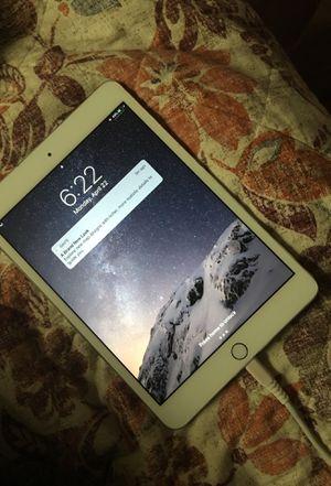 iPad mini 3 64GB for Sale in Los Angeles, CA