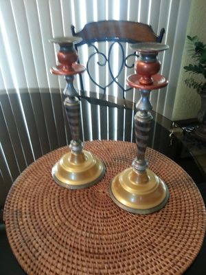Pretty candle holders in excellent condition mat not included serious buyers only firm offers only for Sale in Chula Vista, CA