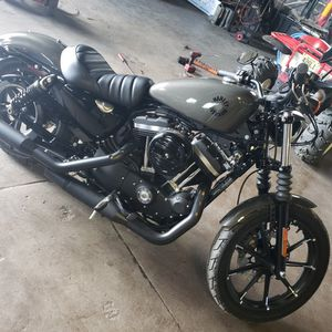 2019 Harley Iron 883 for Sale in Harrisburg, PA