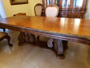 AICO DINING ROOM SET for Sale in Wellington, FL