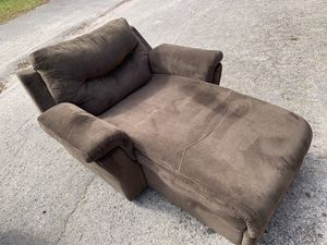 Couch & chase lounge for Sale in Pinellas Park, FL