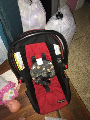 Car seat for Sale in Waterbury, CT