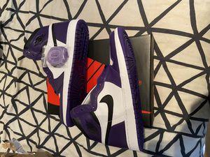 Size 13 Jordan 1 court purple ds for Sale in Chicago, IL
