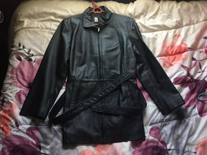 LEATHER jacket for Sale in Hyattsville, MD