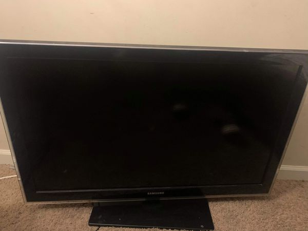 42' Samsung Flat Screen Tv