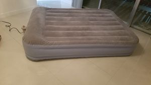 Inflatable mattress full size works great$29.99 obo for Sale in Miami, FL