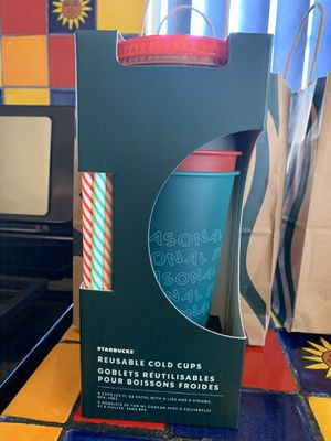 Starbucks 2019 Holiday Reusable Cold Cups w/ straws for Sale in Gardena, CA