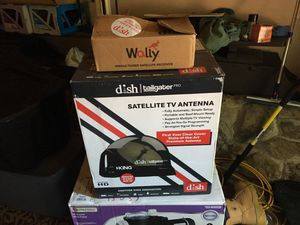 Dish RV satellite TV antenna with Wally and DVR for Sale in North Lawrence, OH