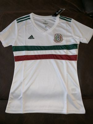 Women's Mexico jersey new with tags size is medium for Sale in Perris, CA
