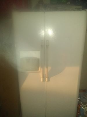 Fridge and freezer for Sale in Monrovia, CA