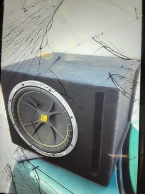 """12"""" KICKER COMP SUB IN PORTED BOX WITH 2000 WATT AMP & A BASS SIGNAL PROCESSOR BP-8, (TAKE ALL FOR $150 FIRM PRICE) for Sale in San Bernardino, CA"""
