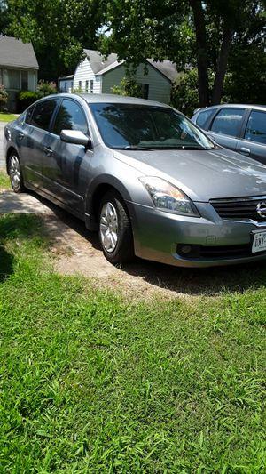 Nissan altima 2009 / 104 mil millas for Sale in Richmond, VA
