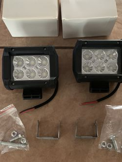 """2- NEW 18W Flood CREE LED Work On Light Bar For Trucks Car Offroad 4"""" Long X 2"""" Wide for Sale in Fresno,  CA"""