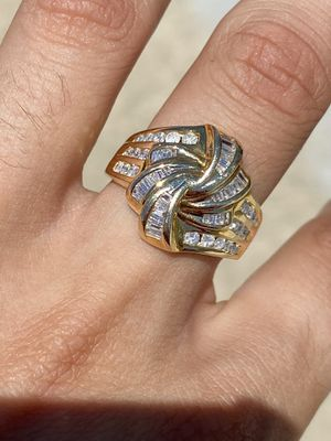 Solid 14K Gold Ring with Diamonds (8.6GRAMS) for Sale in Pomona, CA