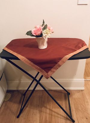 Table for Sale in Detroit, MI
