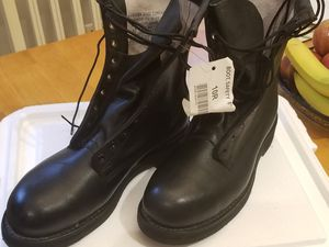 Steel toed work boots for Sale in Herndon, VA