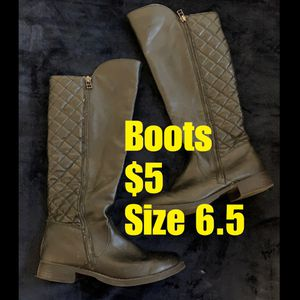 Botas / girls boots for Sale in Los Angeles, CA