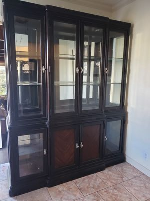 China cabinet for Sale in South Gate, CA