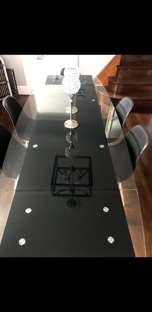 Dining table for Sale in Watertown, CT