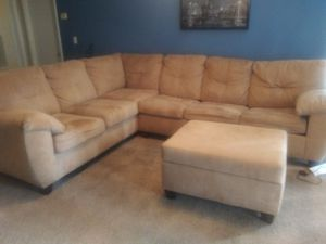 6 seat sectional couch with pull bed and ottoman for Sale in Charlotte, NC