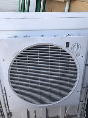 AC UNIT for Sale in Fontana, CA