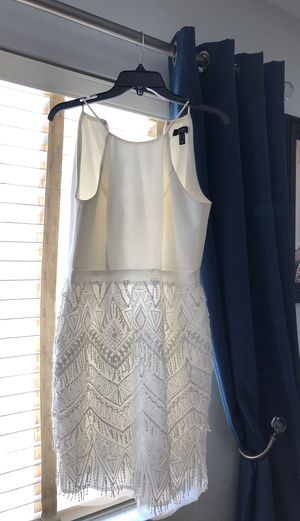 White dress for Sale in Fontana, CA