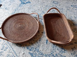 Like new Pampered chef threaded woven trays (never used) for Sale in Port St. Lucie, FL