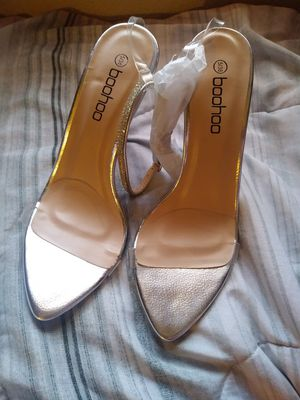 Size 5 silver high heels for Sale in Glendale, AZ