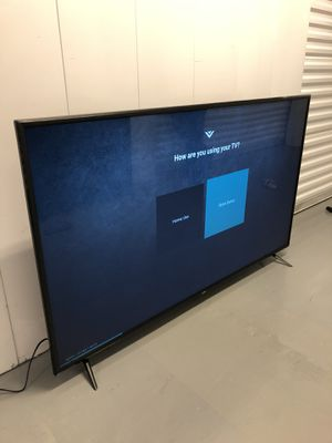 VIZIO 75 INCH 4K V SERIES SMART TV! 3 month guarantee. Comes with legs and remote. PICKUP SPECIAL! for Sale in Phoenix, AZ